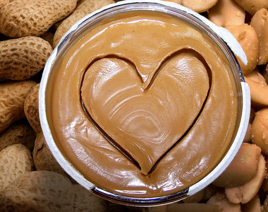 Main_is-peanut-butter-healthy-header-v2-830x467